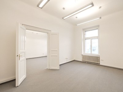 80m kancelář Praha